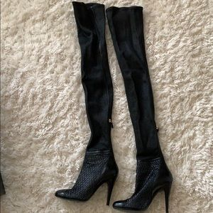 53671997bc8 Beautiful Thigh High Chanel boots Size 38.5